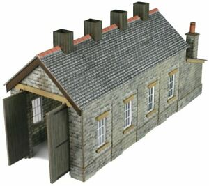Metcalfe-PN932-N-Gauge-Single-Engine-Shed-Stone-Card-Kit
