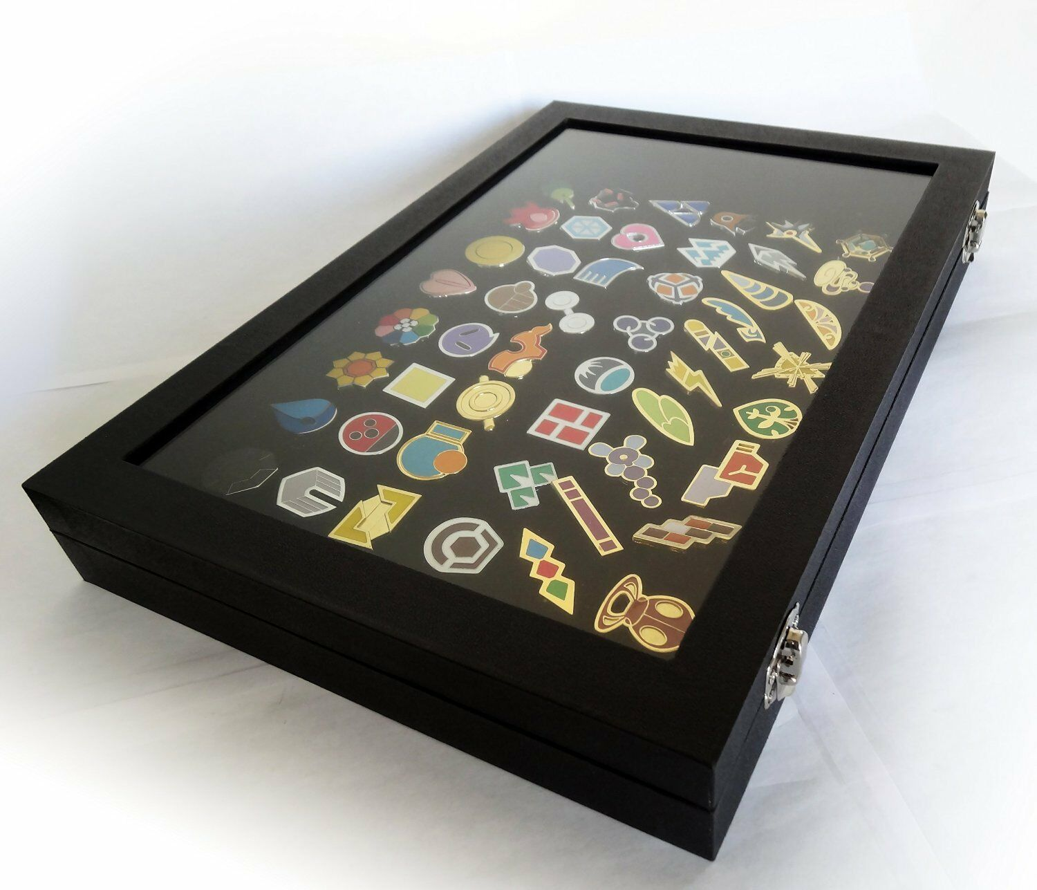 Pokemon Gym Badges with Glass Lid Display Showcase Set of 50 Lapel Pin Badges