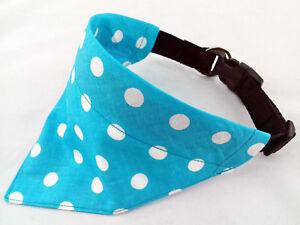 Hundehalstuch als halsband mit wunsch namen bestickt blau punkte