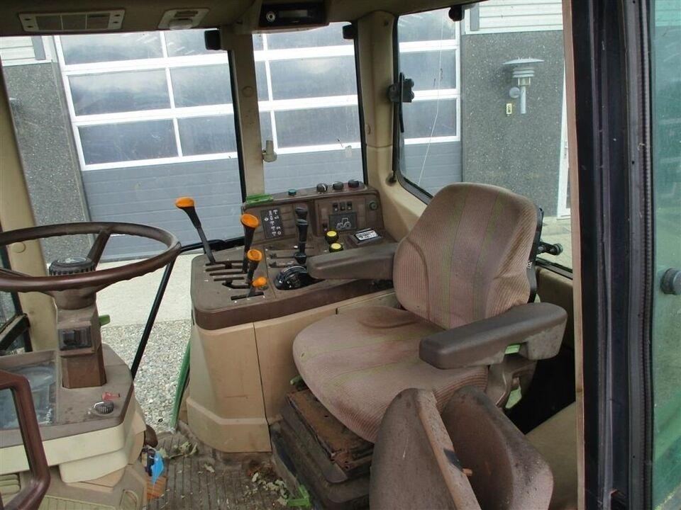 John Deere, 6110 Med frontlift og frontPTO, timer 10000