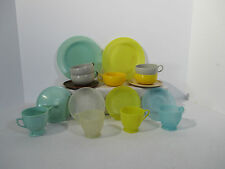 Toy Dishes Mid Century Design Russel Wright Ideal Gothamware Plastic Lot of 17
