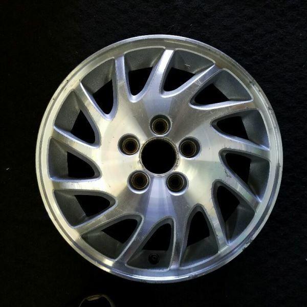 Acura RL Right Side 16 Inch OEM Wheel 1998 42710SZ3A11