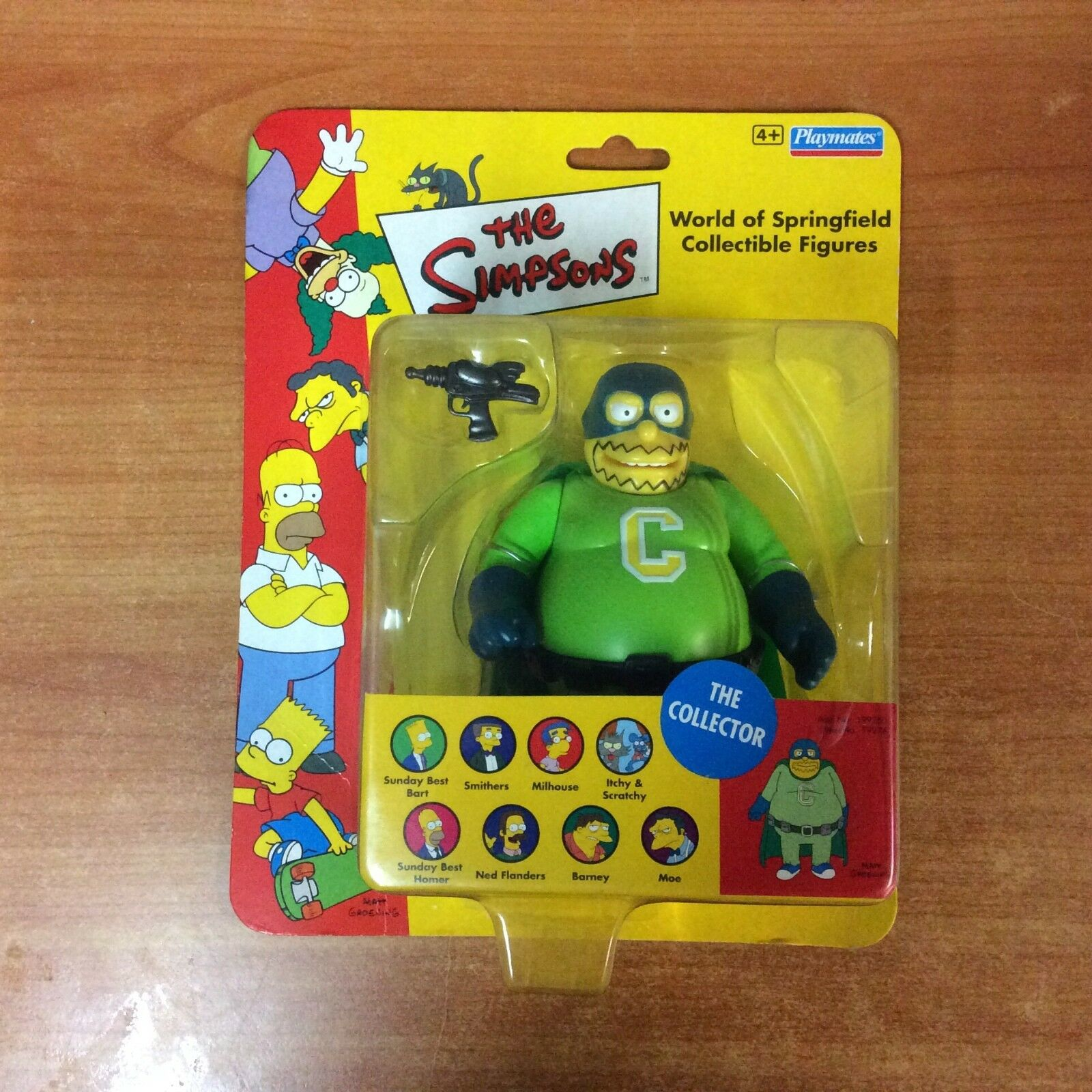 2001 The Simpsons World of Springfield Collectible Figures - The Collector -New