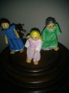 Details About Melissa Doug Wooden Dollhouse People Poseable Dolls Figures