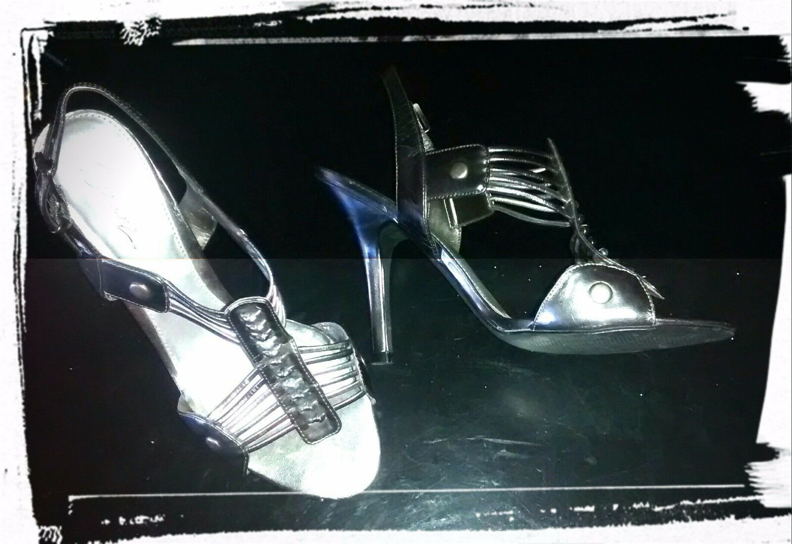 Women's Size 8 Solanz Silver Strappy Sandals