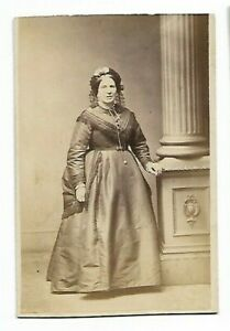 Woman-Victorian-Era-Photo-by-J-Benfold-Stockport-6103
