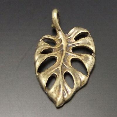 80pcs Vintage Bronze Alloy Hollow Aestheticism Leaf Pendant Charms 03103