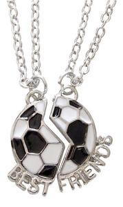 2-colliers-pendentif-ballon-de-foot-a-separer-Best-friends-football