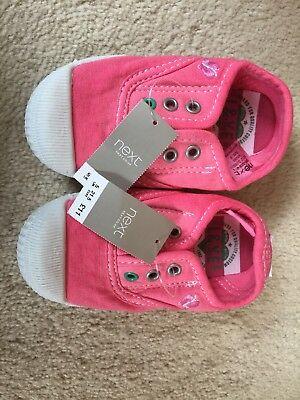 BNWT NEXT Zapatos de lona Rosa Talla 5 niño