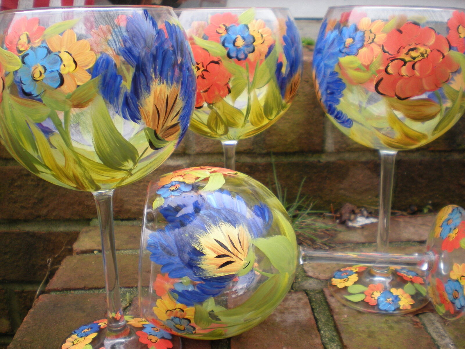 HAND PAINTED orange POPPIES blueE TULIP  19 OUNCE GOBLETS  SET 4(MADE IN THE USA)