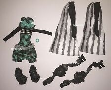 Monster High Freak du Chic Twyla Doll Circus Outfit Clothes & Shoes Stilts NEW
