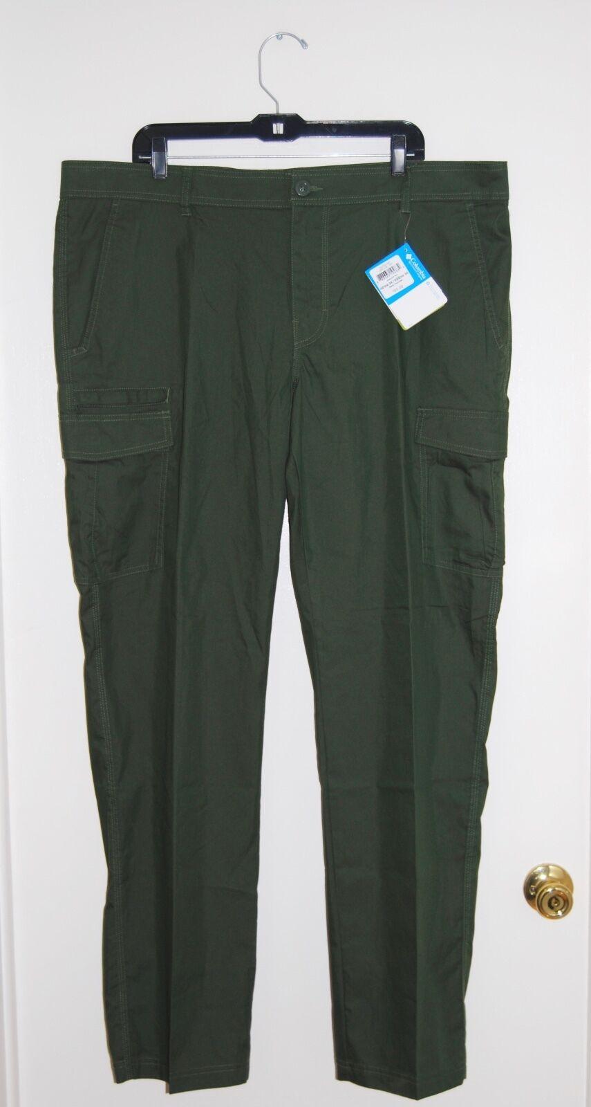 NWT Columbia Men's Dark Green Flat Front Jetsetting Cargo Pants, 42 W x 34  L