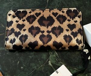 Red-VALENTINO-CONTINENTAL-ZIP-WALLET-w-LEOPARD-HEARTS-Hot-Pink-Leather-BNIB