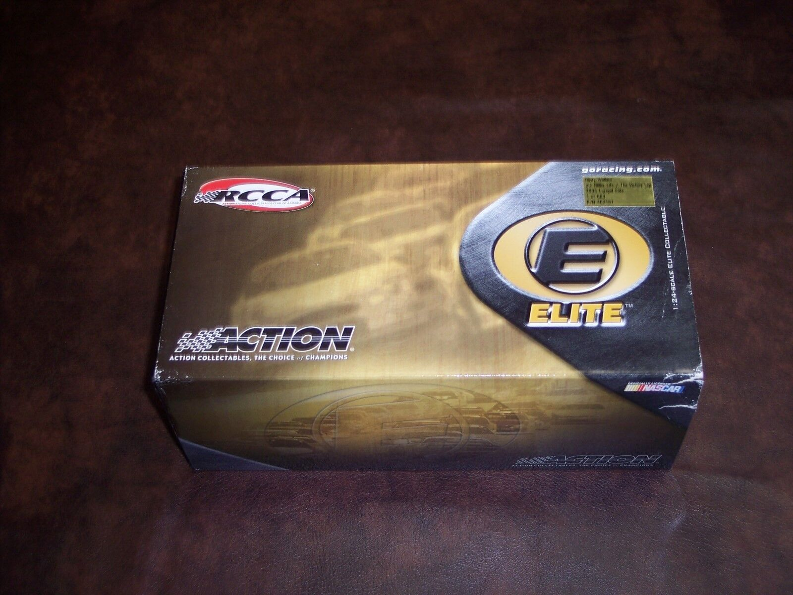 ACTION - ELITE 1 24 SCALE -RUSTY WALLACE - MILLER LITE -  2 THE VICTORY LAP- NEW