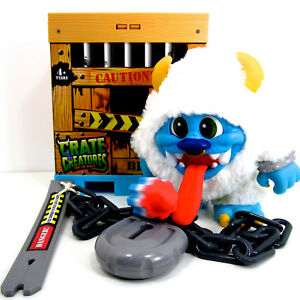 Crate-Creatures-Blizz-100-Complete-Interactive-Yeti