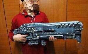 StarCraft-2-Terran-Marine-Gauss-Machine-Gun-C14-Weapon-Cannon-Paper-Model-Kit