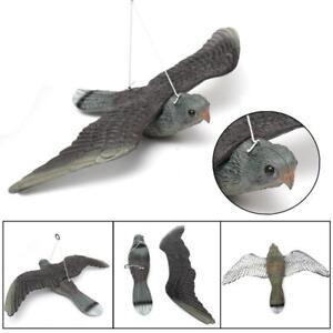 Realistic Plastic Hawk Decoy Bird Pigeon Crow Scarer Scarecrow Garden Tree