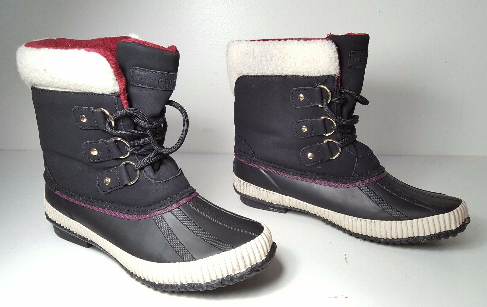 size 9 Tommy Hilfiger Ebonie Lace-Up Black lRain Rubber Duck Boots Womens Shoes
