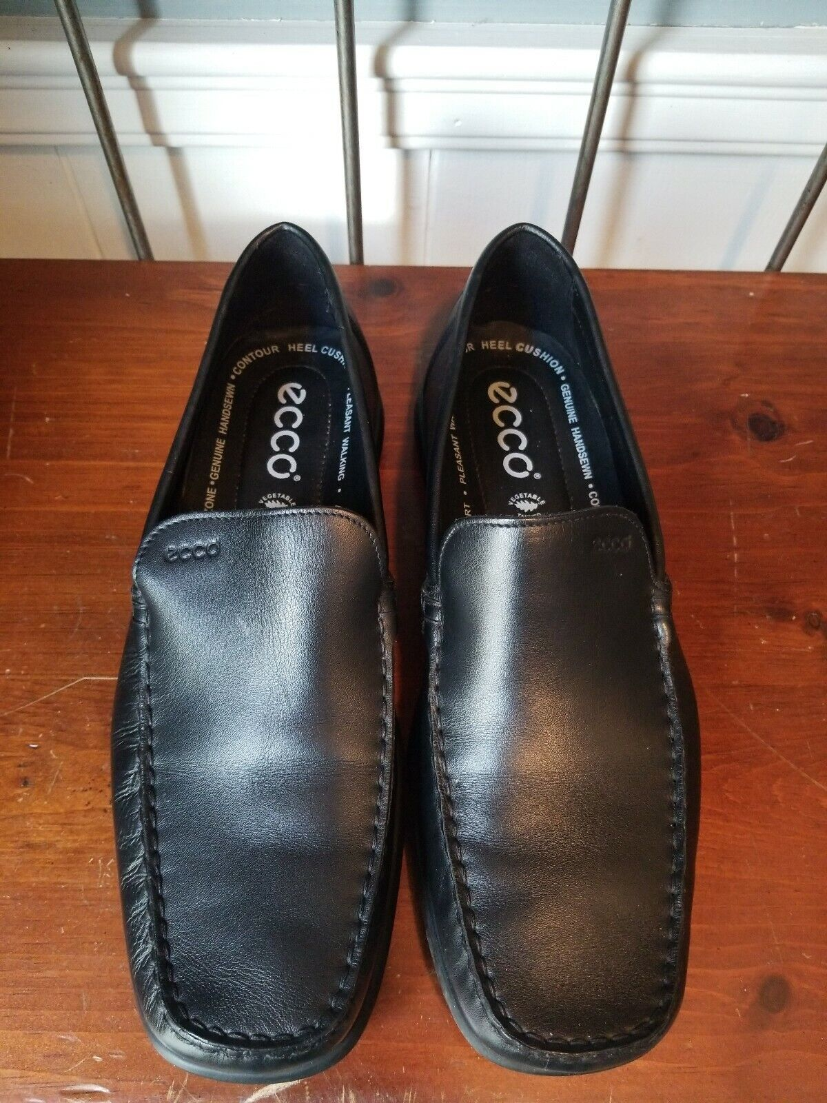 ECCO EUC Black Leather Moc Slip On Driving shoes Mens Loafers UE 44 US 10 10.5