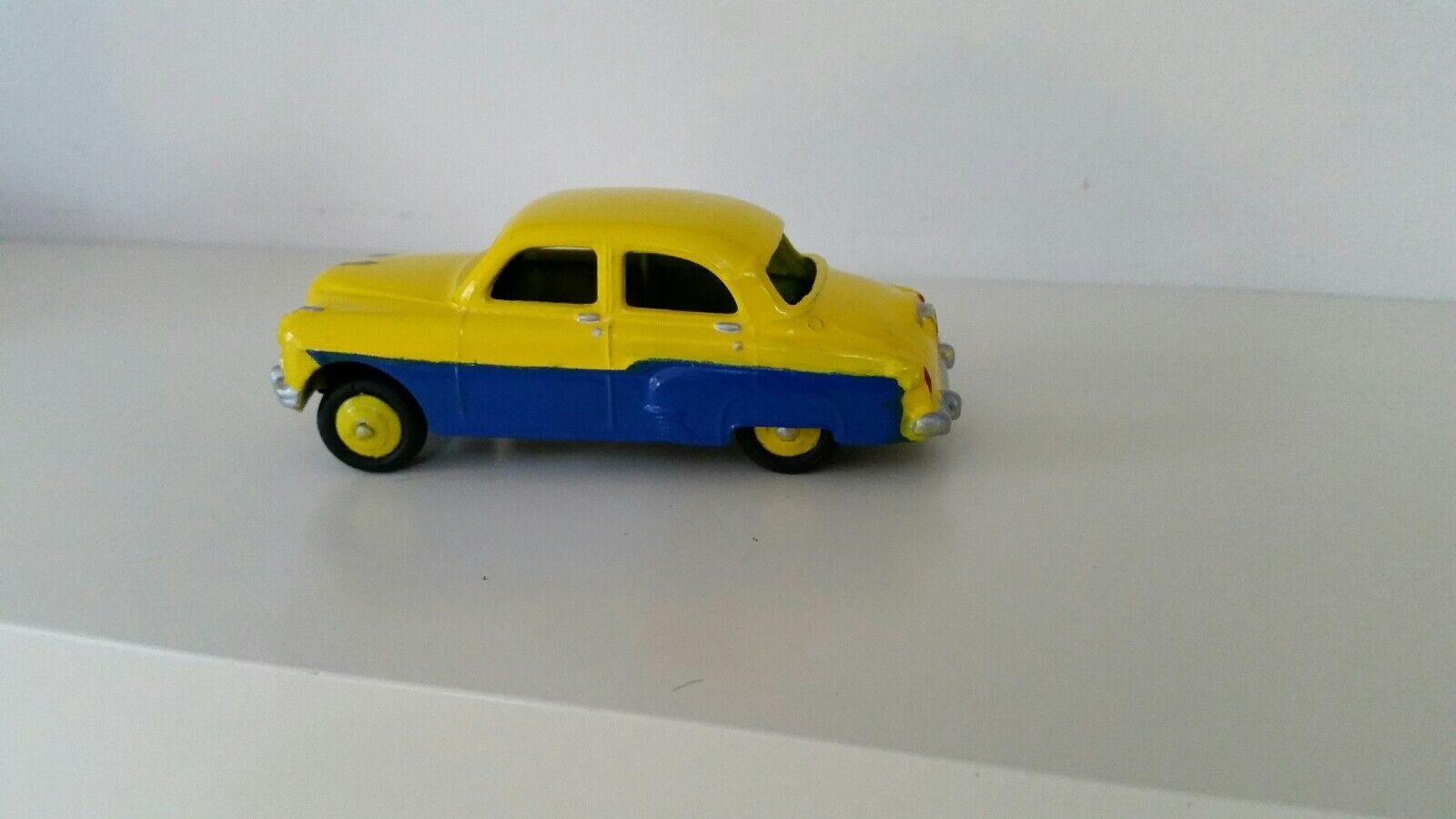 Vintage Dinky No.164 Vauxhall Cresta 1950's Code3 Fully Refurbished Two Tone
