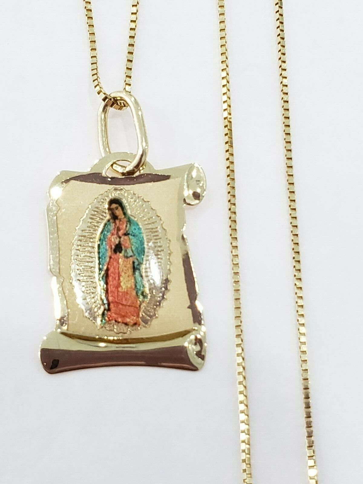 Real 14k Yellow gold Religious Virgin Mary Scroll Pendant Charm 20' Box Chain