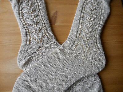 Interamente A Mano Handmade Calze Ginocchio Spuntoni Dimensioni 38/39 Beige Costume Traforo- Per Soddisfare La Convenienza Delle Persone