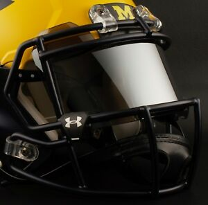MICHIGAN-WOLVERINES-Football-Helmet-FRONT-TEAM-NAMEPLATE-Decal-Sticker