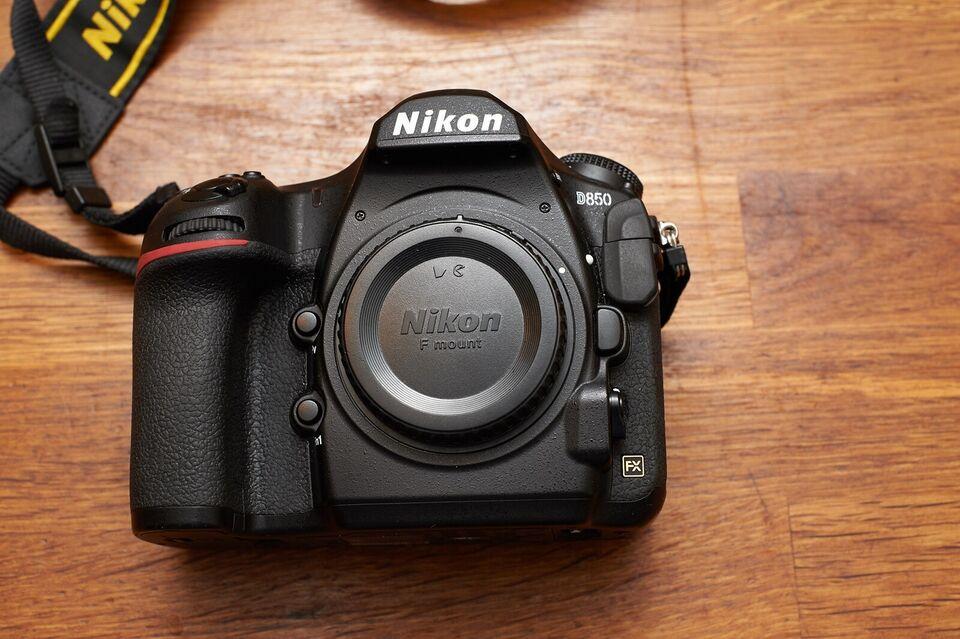 Nikon D850, 45 megapixels, God