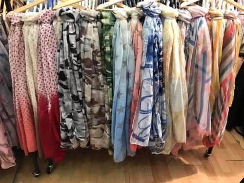 JobLot women Ladies Scarves Variety Of Prints  30 Pcs Mix