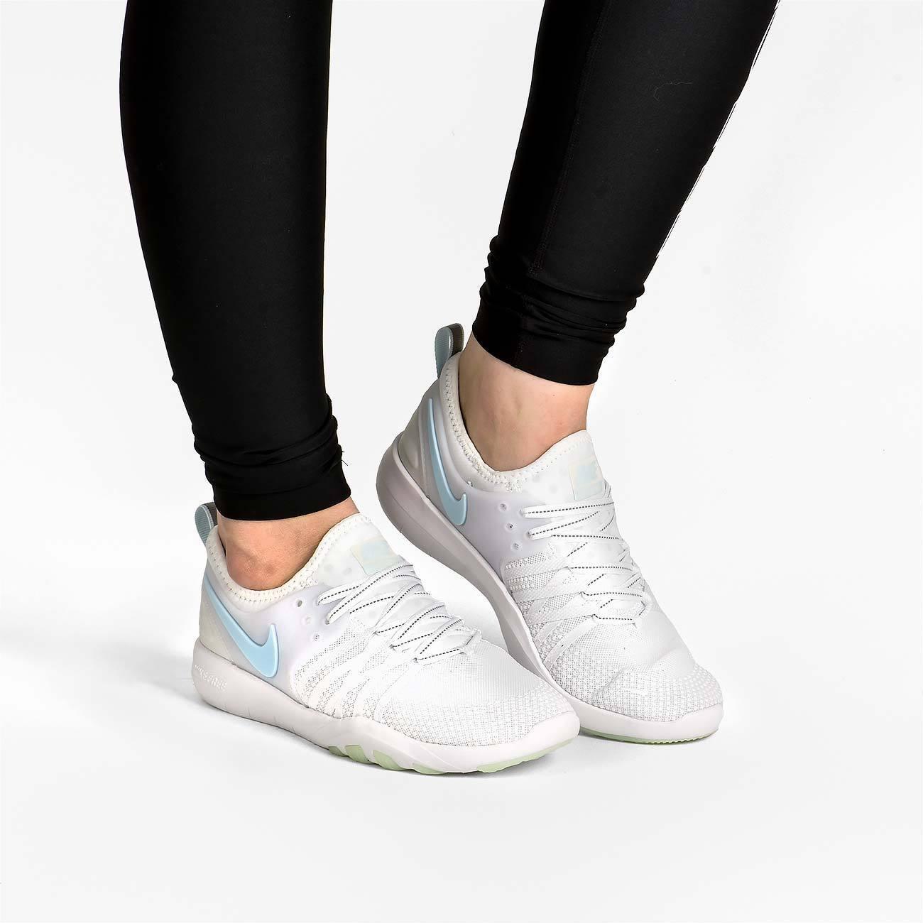 Da Donna Nike Free TR 7 riflettono Taglia 6.5 EUR 40.5 (AA2238 100) Ghiacciaio BLU
