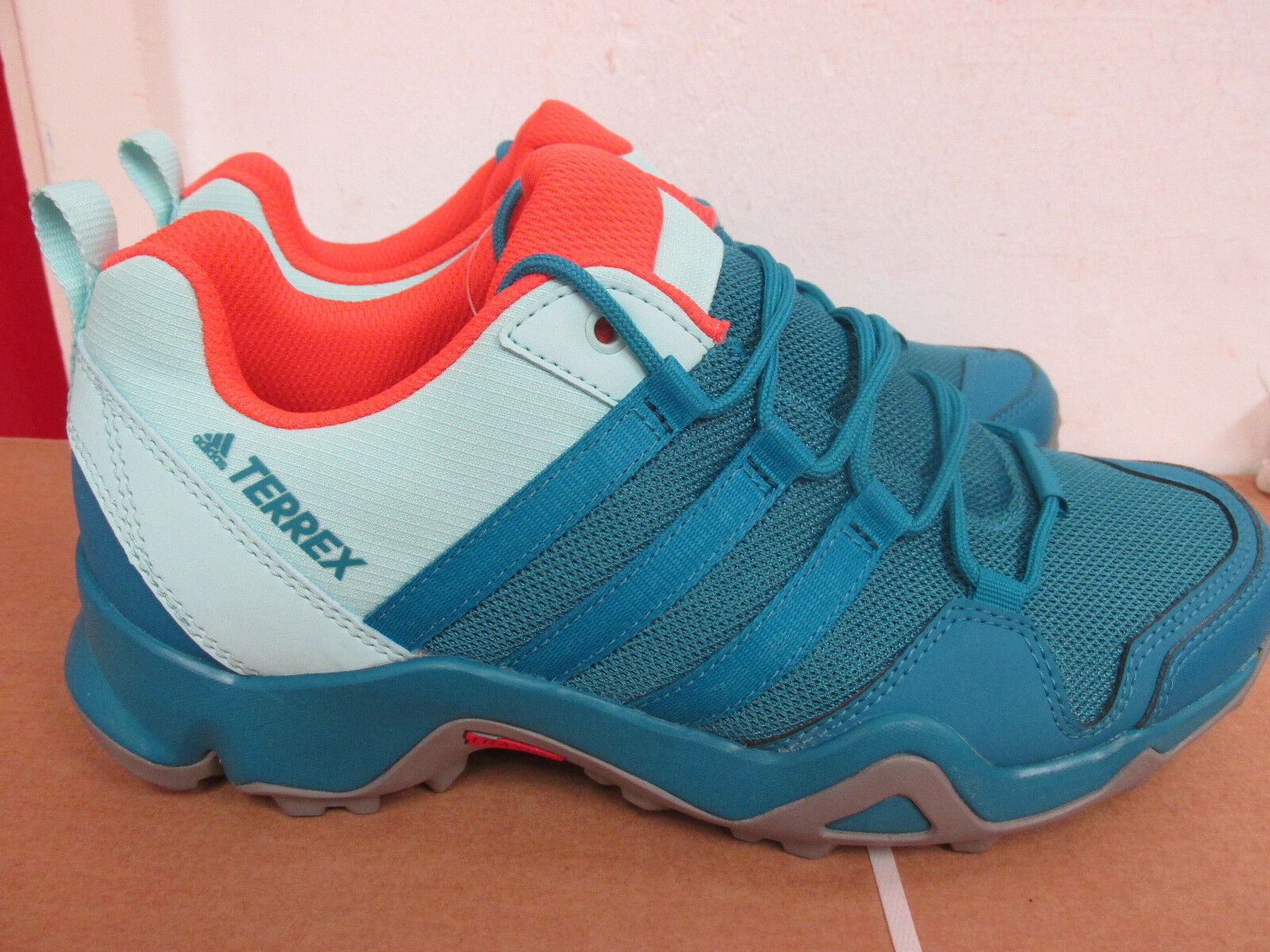 Adidas Terrex AX2R W S80915 womens trainers sneakers SAMPLE