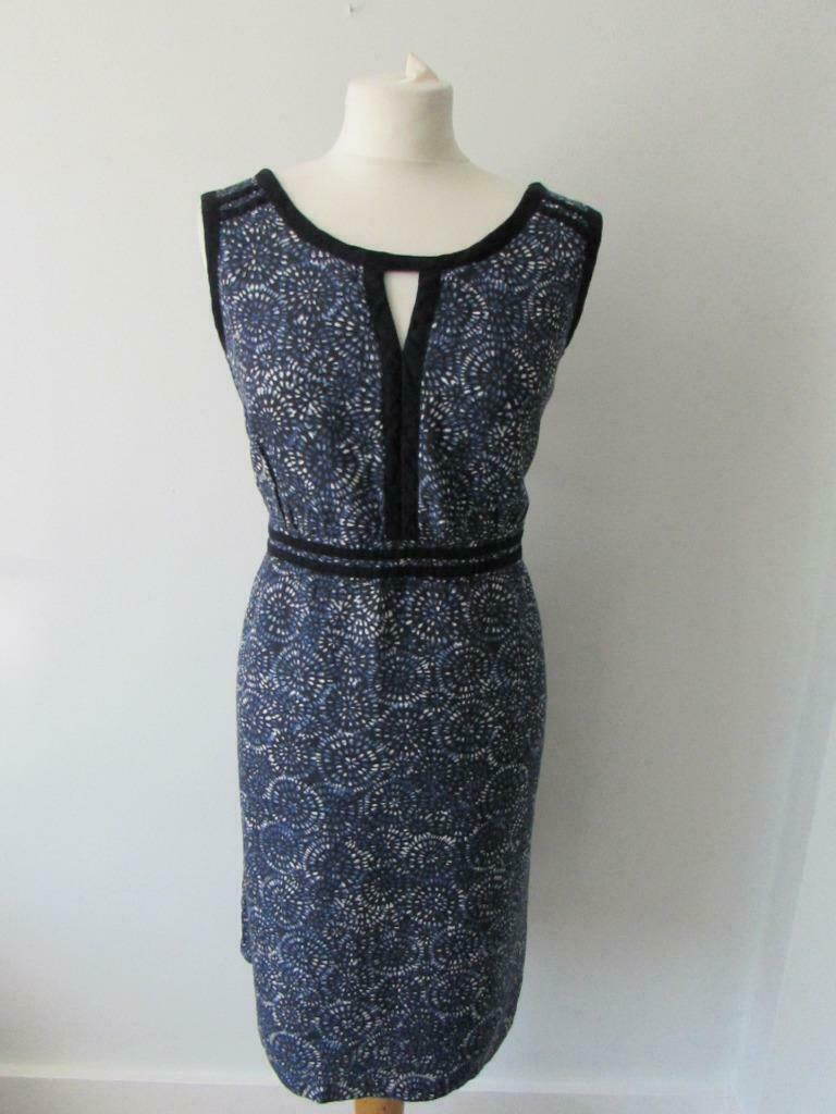 "DEBENHAMS Ladies Navy Blue White Floral Linen Blend Dress Size 18 Length 38"" VGC"