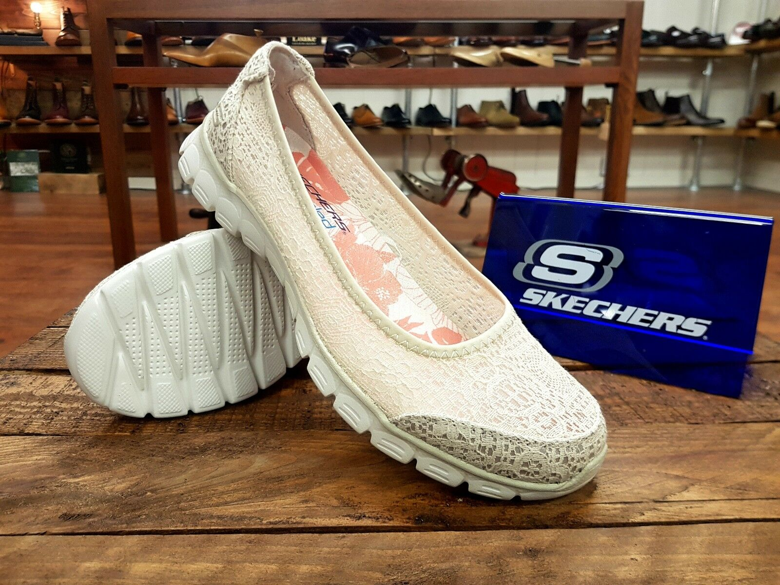 Skechers // Beautify // Womens Lightweight Natural Natural Natural Escarpins Trainers // NEW!!! fe8a40