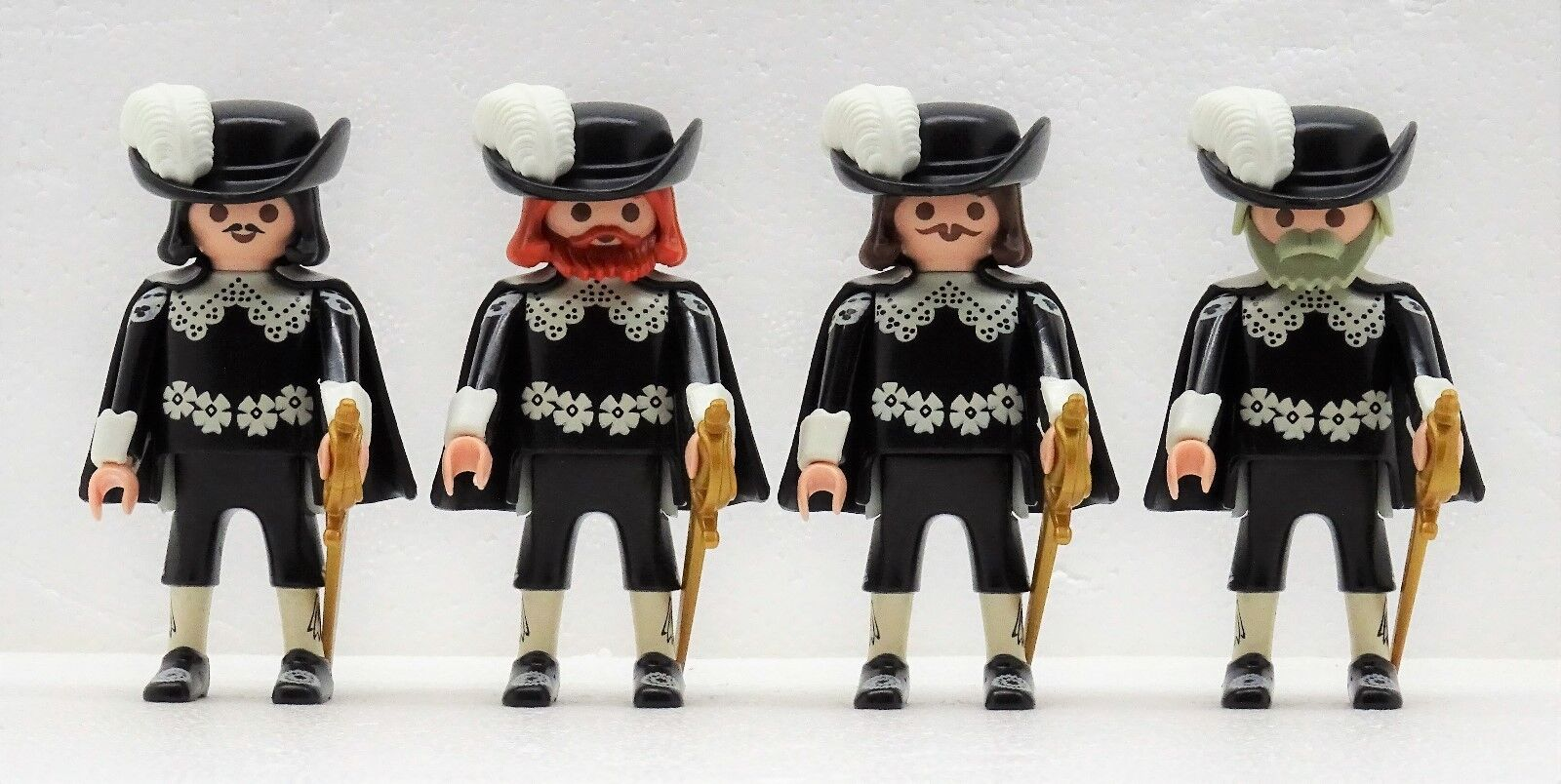 4 MUSKETIERE Playmobil zu D´Artagnan + the 3 Musketeers König Kardinal Garde RAR