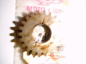 Moto-Guzzi-V-65-Zahnrad-Getriebe