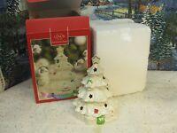 Lenox Seasons Sparkle Color Changing Tree Lit Figurine with Box ( 1157)