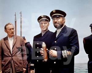 20-000-Leagues-bajo-The-Sea-1954-Paul-Lukas-James-Mason-10x8-Foto
