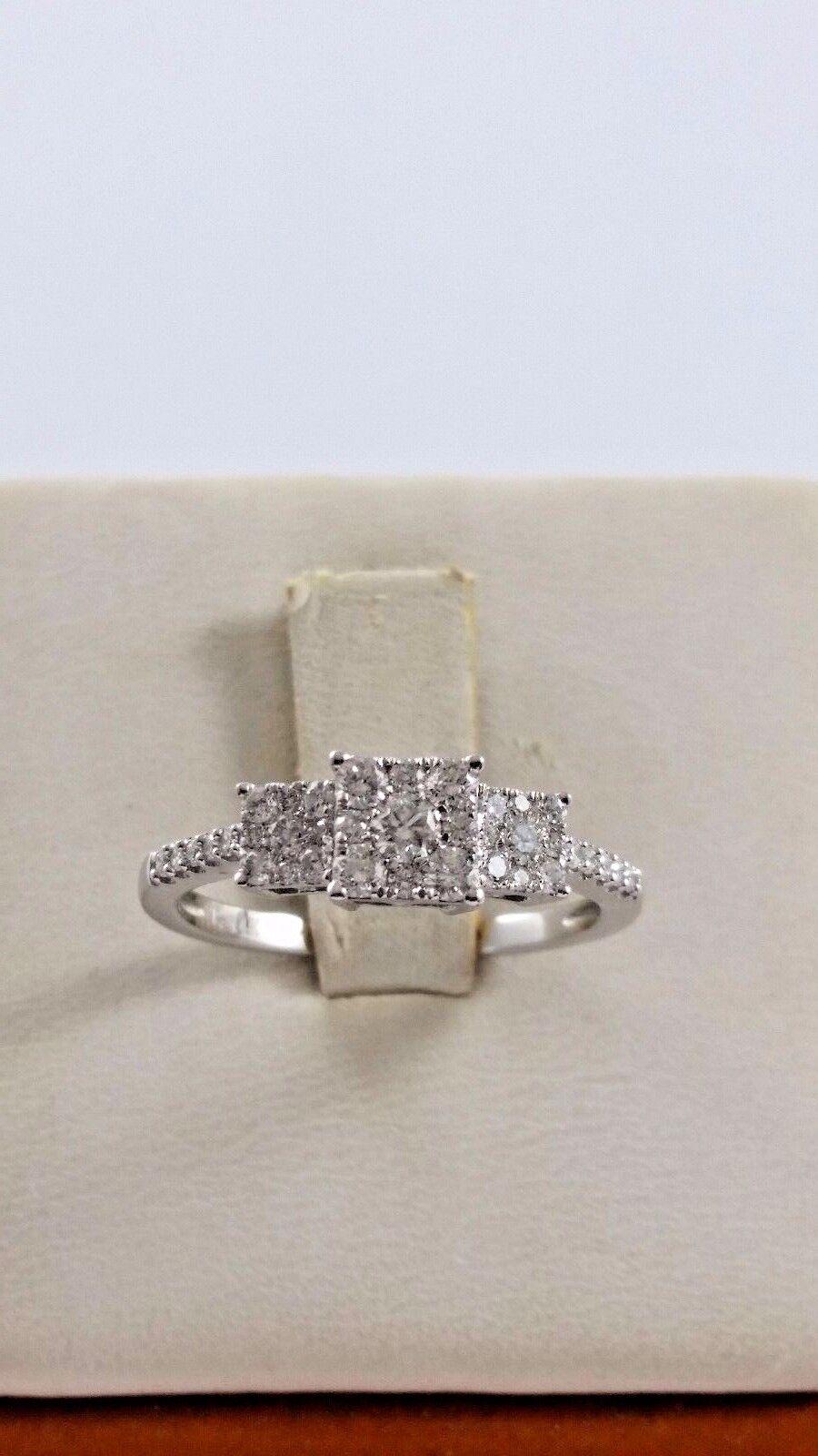 Beautiful 14K Karat White gold Bridal Engagement Ring with Diamonds