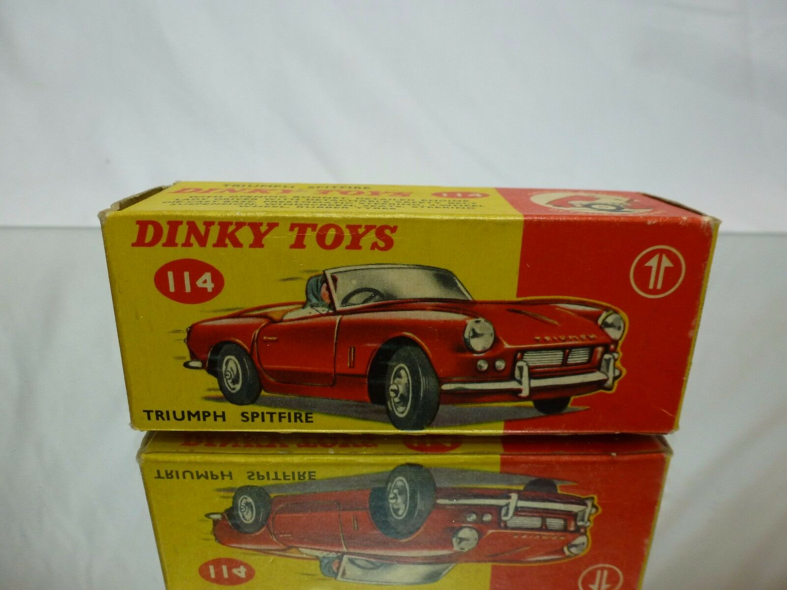 DINKY TOYS 114 BOX for TRIUMPH SPITFIRE - 1 43 - GOOD CONDITION - ONLY EMPTY BOX