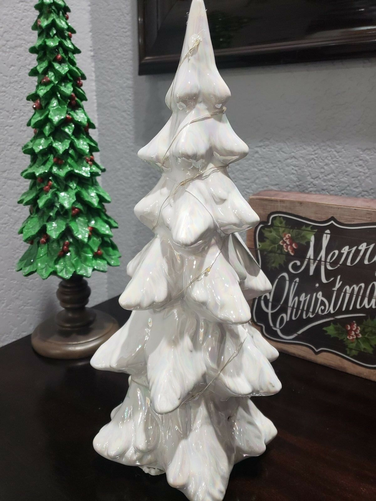 STUNNING  Holiday Weiß Iridescent Lighted Christmas Tree Tabletop Decor Decor Decor 14  728823