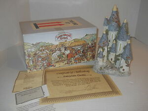 1982-David-Winter-Cottage-Fairytale-Castle-Statue-w-Coa-amp-Orig-Box-J-Hine-LTD