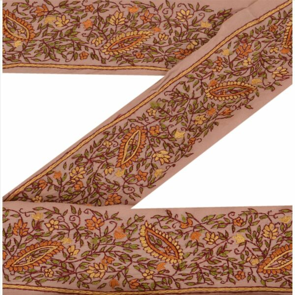 Embellishments & Finishes Good Vintage Sari Border Antique Hand Embroidered Indian Trim Ribbon Peach Lace Trims