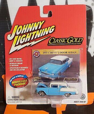 2018 Johnny Lightning *CLASSOC GOLD HOBBY B* RED /& WHITE 1955 Chevy 2-Door Sedan