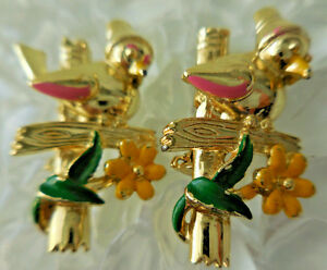 Vintage-Scatter-Enamel-Birds-on-Fence-Pins-Gold-Tone-Quantity-two