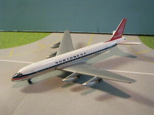 SKYJETS-400-GEMINI-JETS-NORTHWEST-AIR-LINES-DC8-32-1-400-SCALE-DIECAST-MODEL