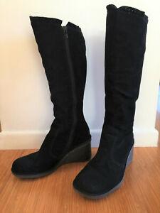 skechers wedge boots