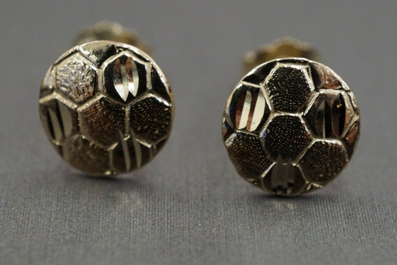 14K Solid Yellow gold Soccor Ball Stud Earrings    ()