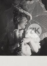 SIMONE SIMON Théatre LE BONHEUR MESDAMES Opérette Ombrelle LIPNITZKI Photo 1934