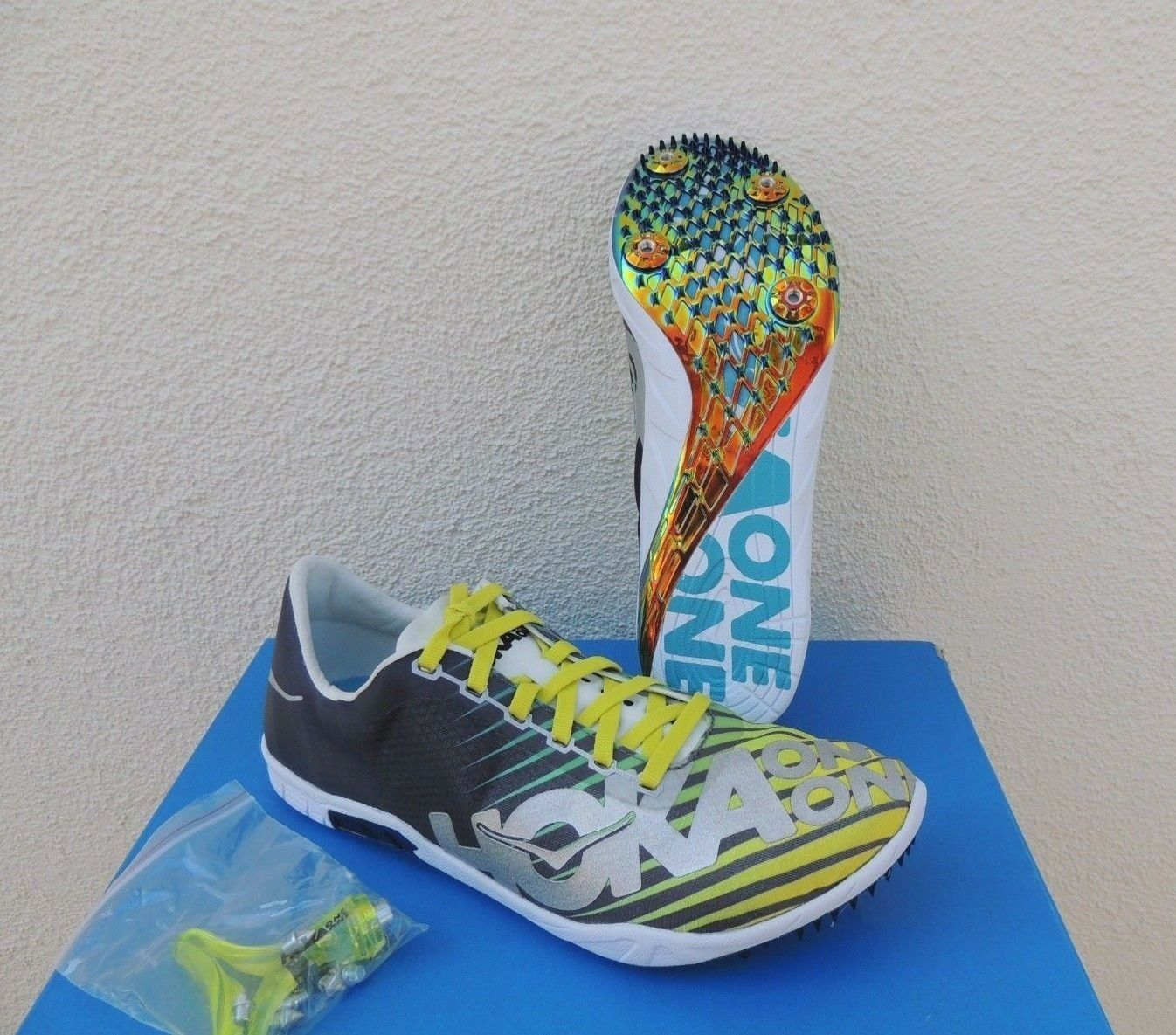 HOKA ONE ONE SPEED EVO RIO SPIKES RUNNINGChaussures , hommesUS 10 / EUR 44 ~NEW