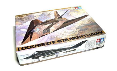 Tamiya Aircraft Model 1//48 Airplane LOCKHEED F-117A NIGHTHAWK Scale Hobby 61059